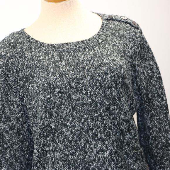 St. John's Bay Black & White XL Sweater